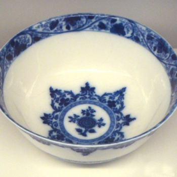 Porcelain Saint Cloud Bowl