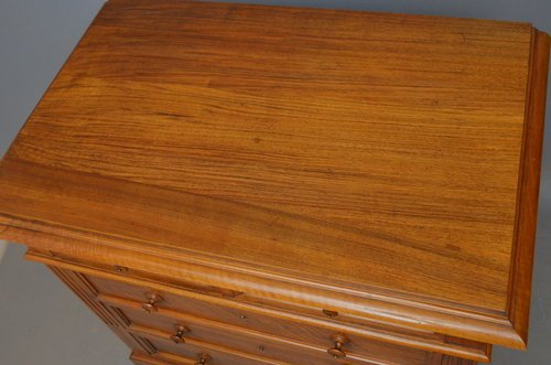 Fine Continental Chest of Drawers