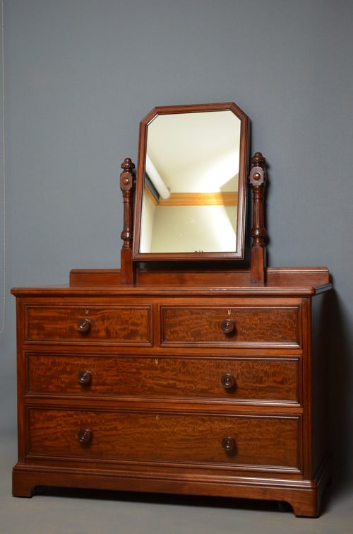 Victorian Dressing Chest in the Manners of Gillows
