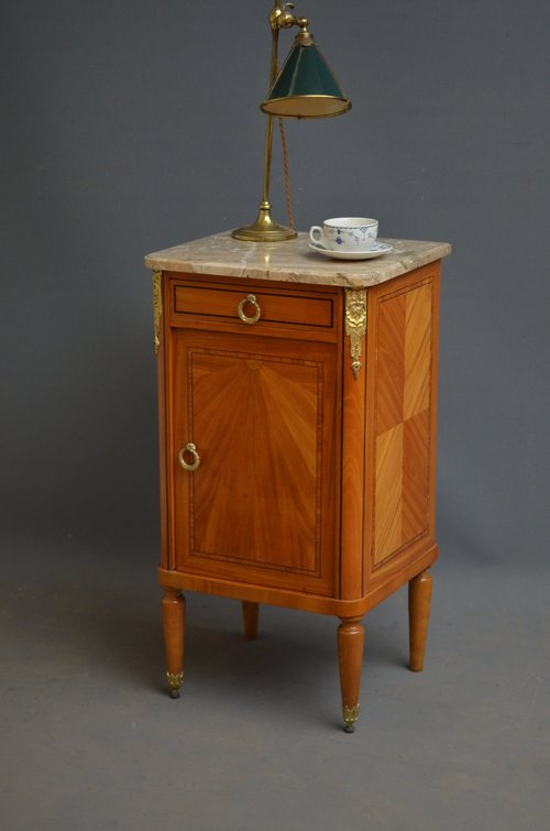 Attractive Bedside Cabinet