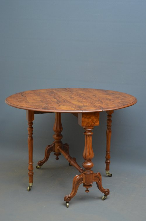 Victorian Sutherland Table in Walnut